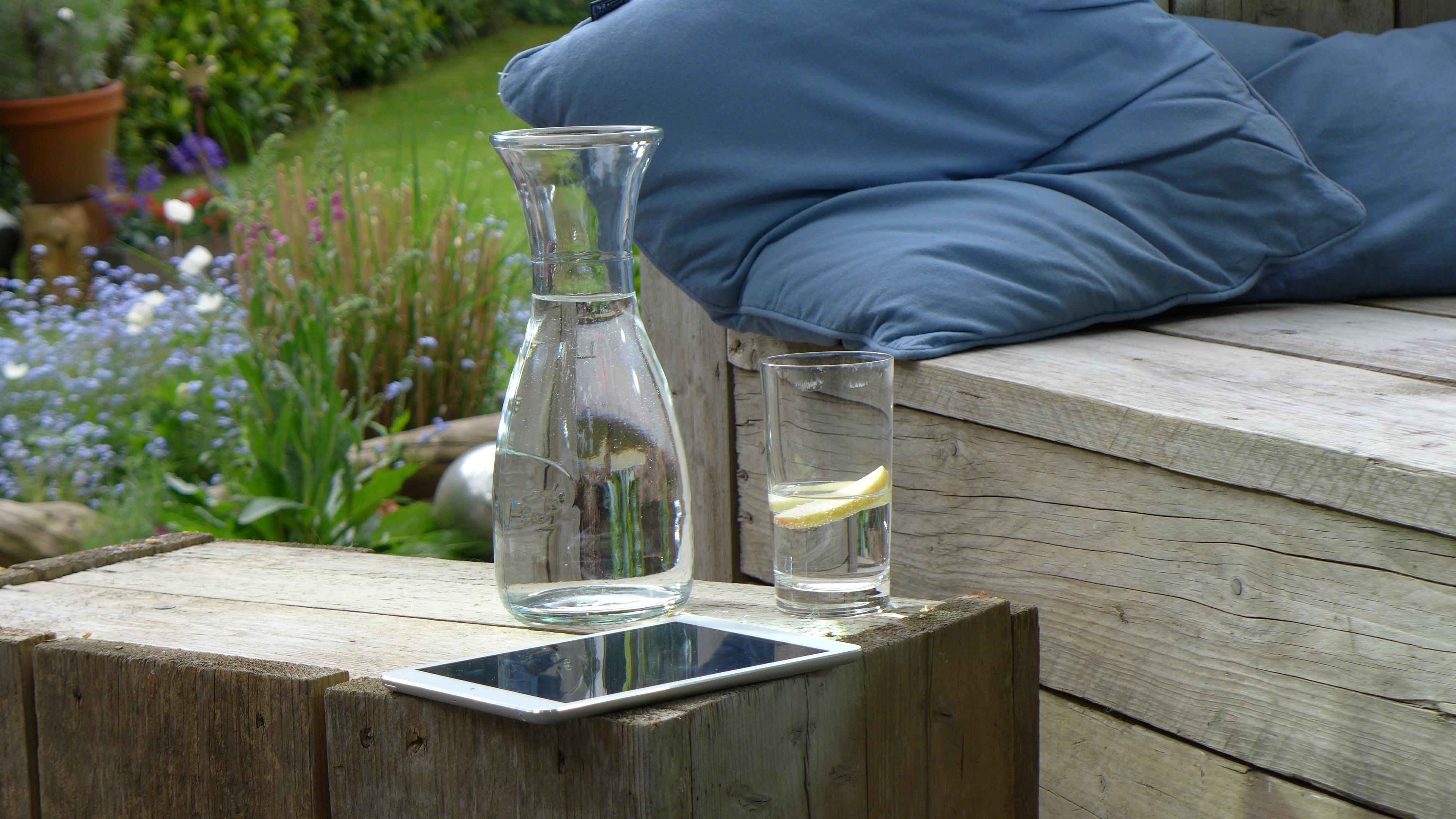 leitungswasser trinken ist gesund und nachhaltig. Black Bedroom Furniture Sets. Home Design Ideas
