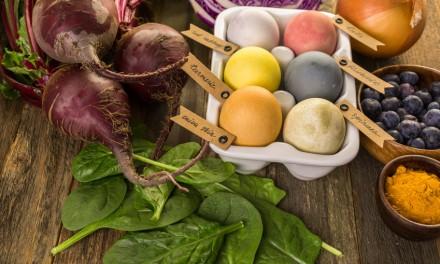 Eier richtig kochen und natürlich färben