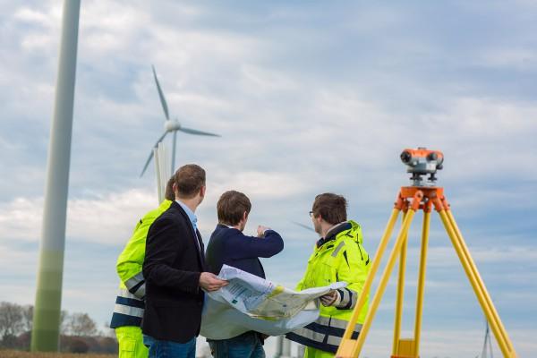 Menschen vor Ort bei Windenergie-Projekten einbinden, fördert die Akzeptanz der Windenergieanlagen
