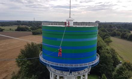 Höhenrettung: Die Spezialisten der Feuerwehr trainieren auf unseren Wassertürmen