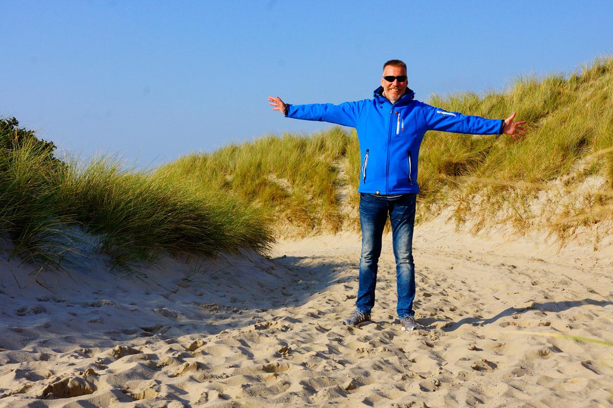 Günter Breitenberger bei seinem ersten Familienurlaub am Strand nach der Herztransplantation