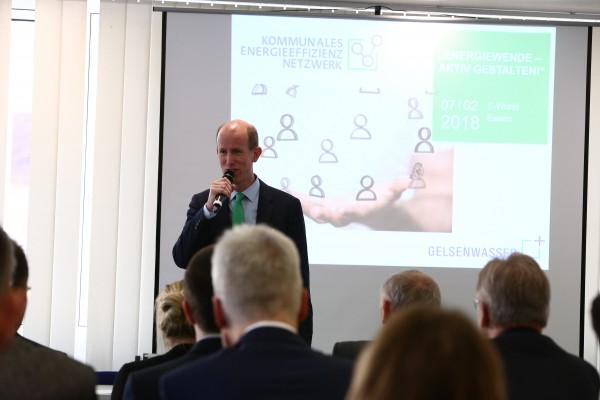 Gelsenwasser-Vorstand Dr. Dirk Waider auf dem Event für Kommunale Energieeffizienz-Netzwerke (KEEN) auf der E-world 2018.