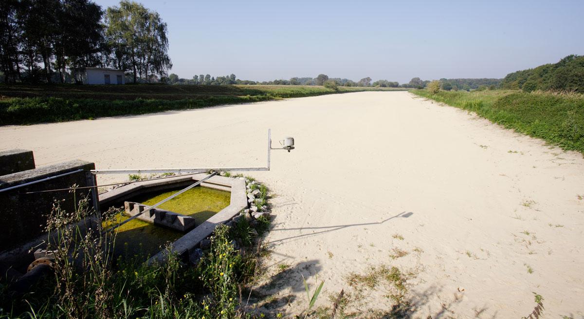 Die Versickerungsbecken im Wasserwerk Haltern sind so groß wie 80 Fußballfelder